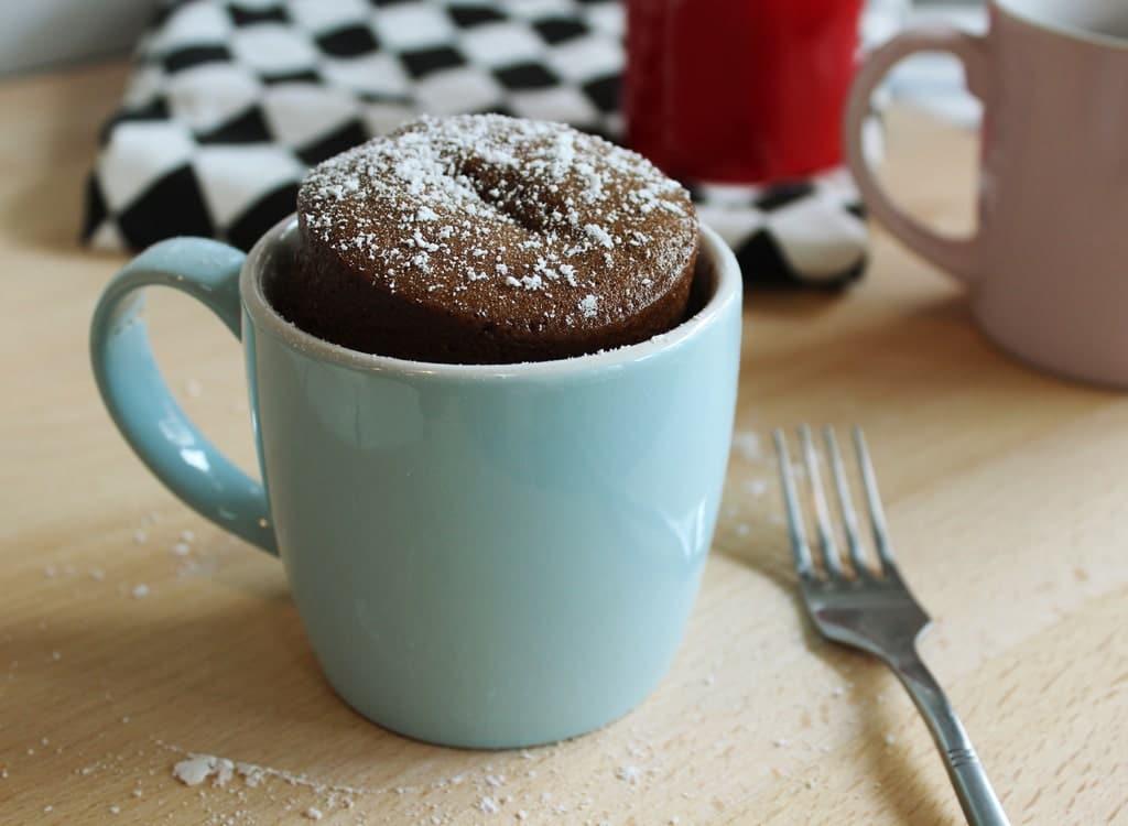 gâteau dans une tasse
